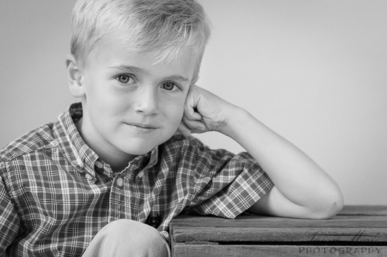 Tyler Indoor Portraits_20140610_020-Edit-2